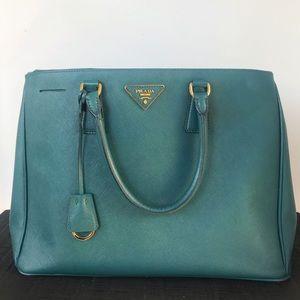 Prada Double-Zip Large Tote Bag
